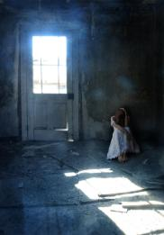 woman-hiding-in-abandoned-room-jill-battaglia